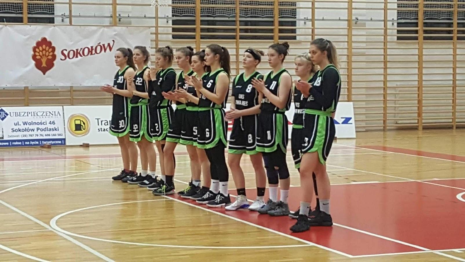 II Ligowa drużyna UKS Nowa Wieś na podium tegorocznych rozgrywek